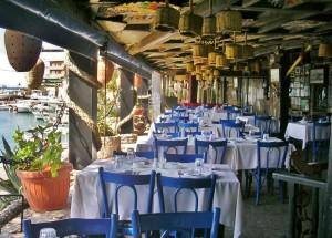 Libanon 2006, Byblos přístavní restaurace, kde byl i Václav Havel