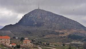 Libanon - cesta k cedrům, (foceno za jízdy z autobusu)